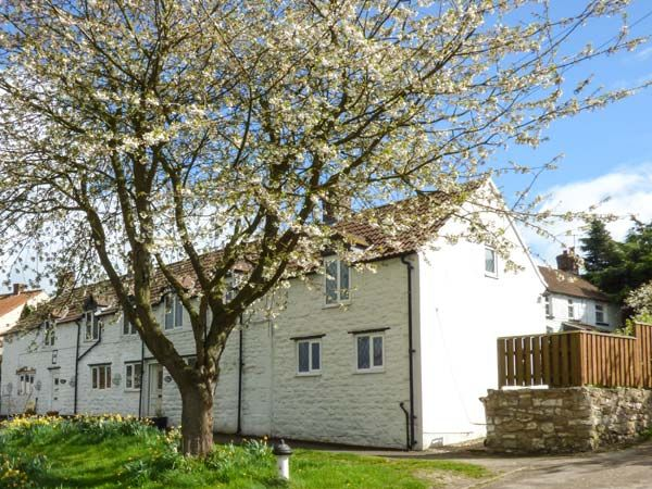 Photo of The Cottage ( Ref 945251 ) Holiday cottage in Staxton near Scarborough North Yorkshire