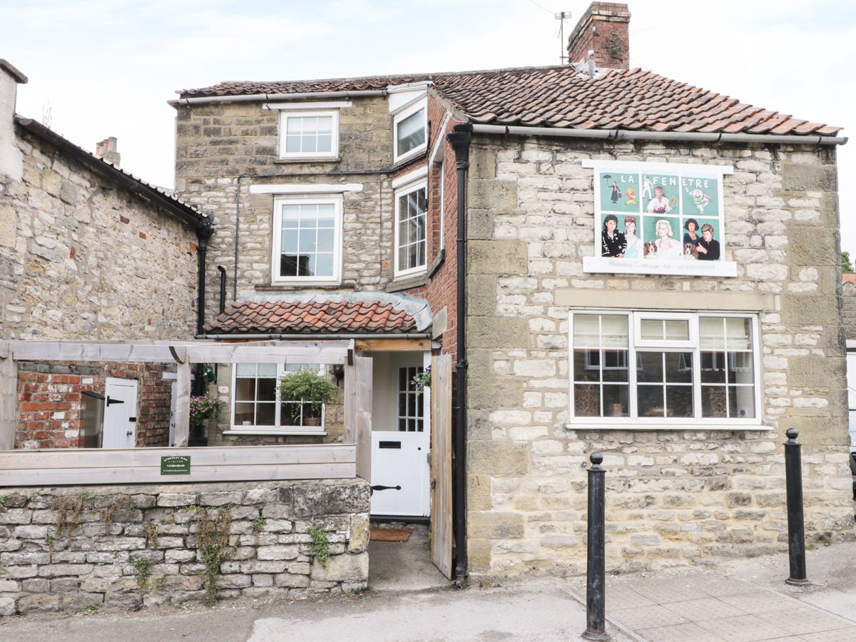 Photo of La Fenetre Cottage ( Ref 952998 ) Pickering holiday cottage sleeps 5 - Self catering accommodation in Ryedale North Yorkshire