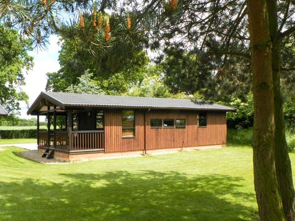 Beech Lodge Masham Two Bedrooms Sleeps Five Guests - Charlcot Holiday Lodges near Yorkshire Dales